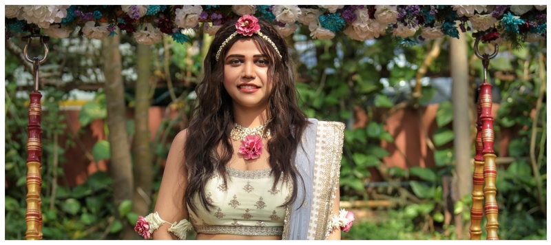 Vaibhav  & Akriti Goa : This wedding has it all- offbeat choice of outfits , a breathtaking view and an enviable love story!