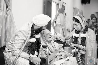 Black and white candid photography by Dhanika Choksi.