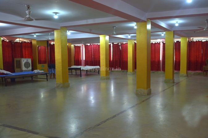 First Stop Banquet Namkum Ranchi - Banquet Hall