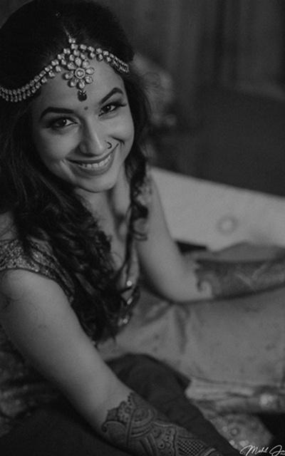 Black white bridal photography during the mehendi