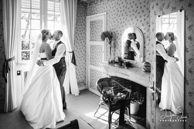 Black and white effect of a wedding couple