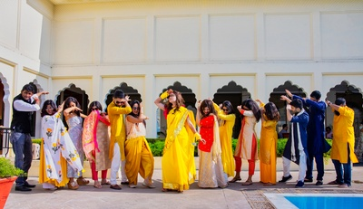 The bride and her BFFs striking some cute and quirky poses after the chudha ceremony.