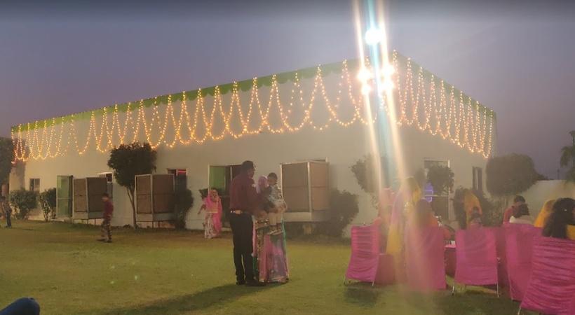 Om Radhika Marriage Garden Jhotwara Jaipur - Banquet Hall
