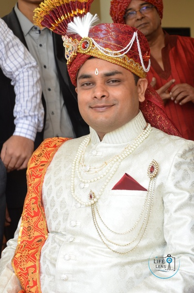 Groom dressed in tradtional Indian wedding attire