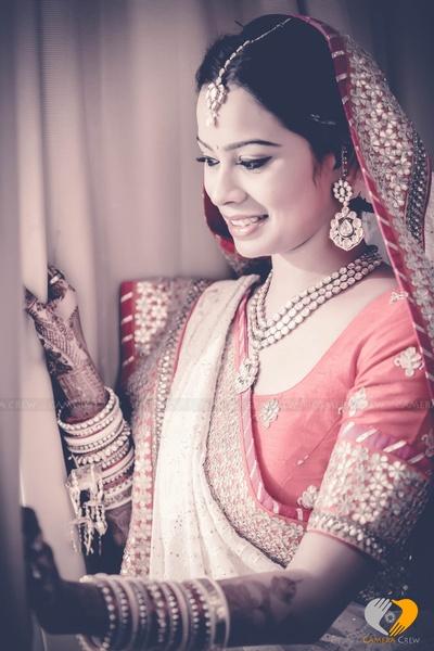 Minimal Bridal jewellery ideas