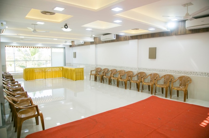 Nirvan Bungalow and Party Hall Kandivali West Mumbai - Banquet Hall