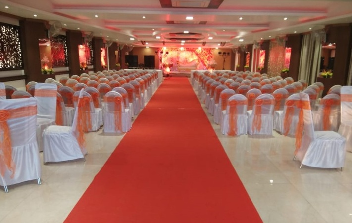 DVSR Hotel Kanpur Road Lucknow - Banquet Hall