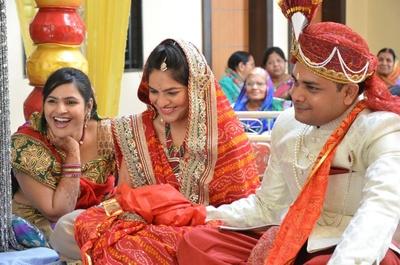 Bandhini bridal saree designs