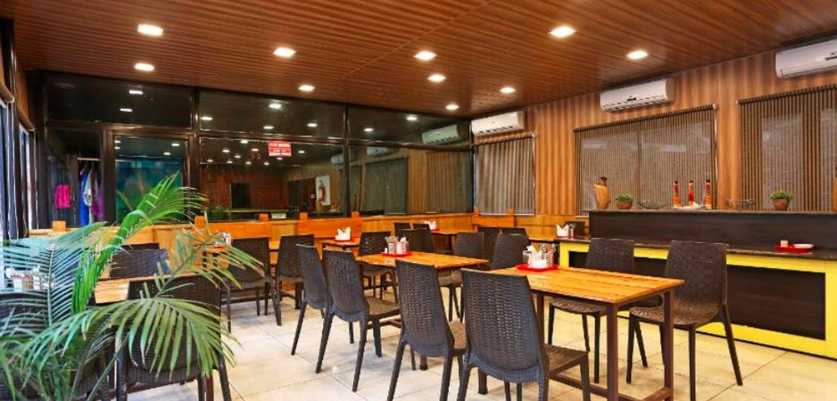 Osho Resorts Deluxe Rajpur Road Dehradun - Banquet Hall