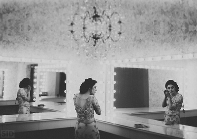 Black and white photography of Meha getting ready for her sangeet ceremony.