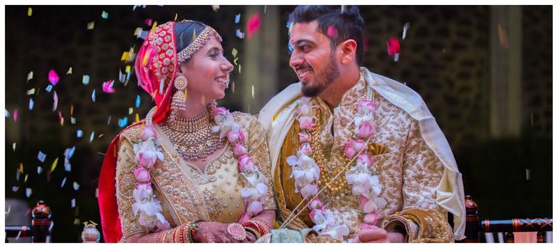 Yash & Vishakha Nashik : This wedding saw a fun mehendi, an elegant shaadi and a super-dazzling reception ceremony!