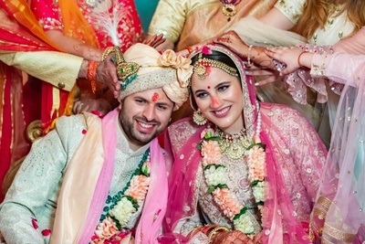 Tushar & Taylor Noida : 'When two hearts met each other they knew this was a taylor made bond'