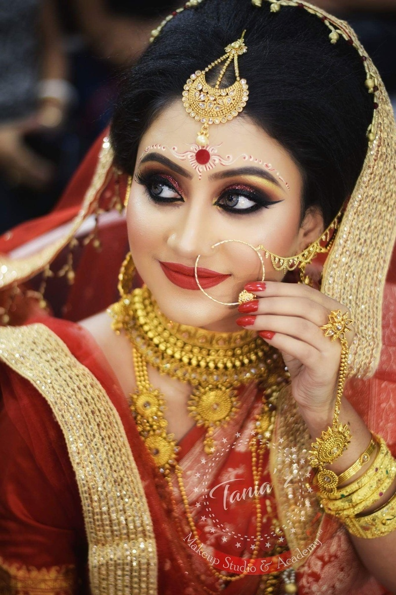a7630951cfa9 Bengali brides that stole our hearts with their stunning wedding ...
