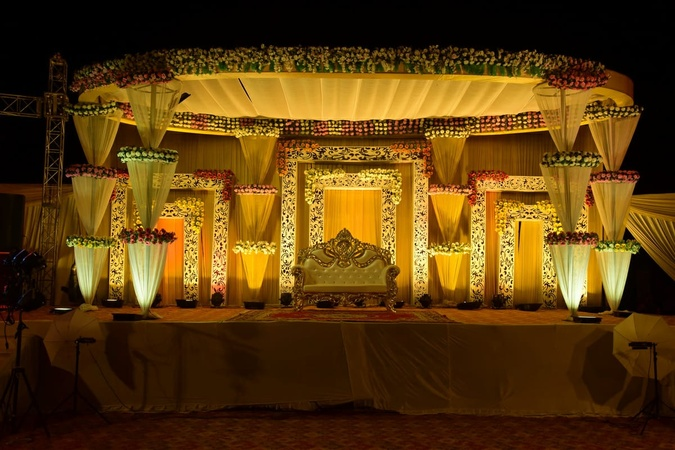 Scorpio Continental Kursi Road Lucknow - Wedding Lawn
