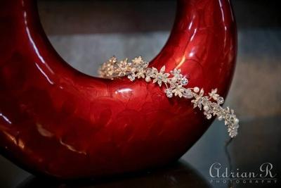 Hair ornaments to adorn bridal hairtsyles