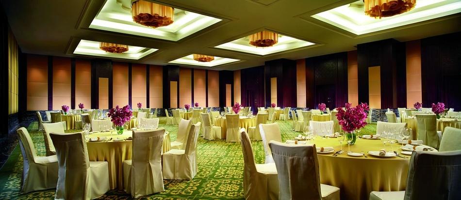 a photo of Ritz-Carlton Hotel