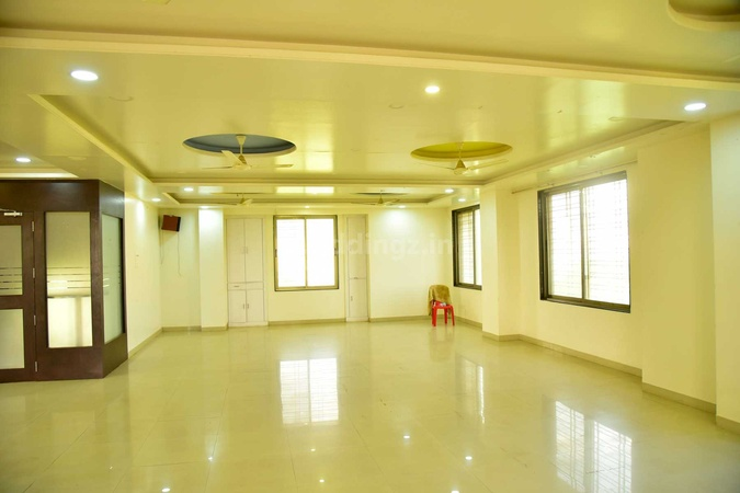 Hotel Rau Family Restaurant And Lodging Makhmalabad Nashik - Banquet Hall