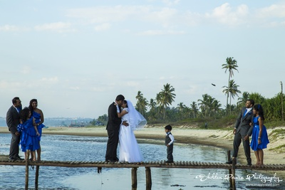Post wedding beach photoshoot