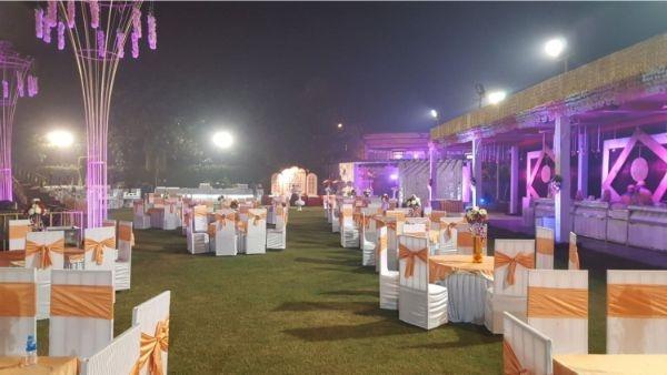 J S Garden, Noida, Delhi