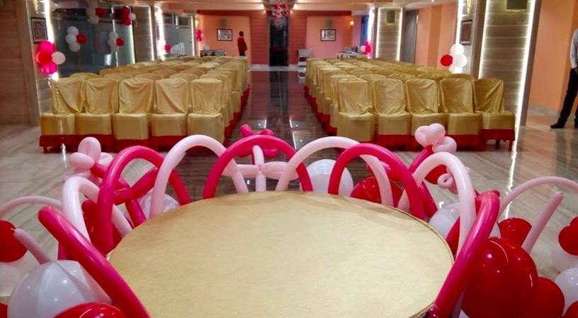 Hotel Lal Baag Inn Mahaveer Nagar Raipur - Banquet Hall