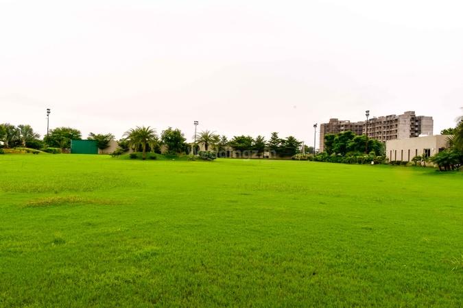 Pramukh Greens Party Plot Sargasan Gandhinagar - Wedding Lawn