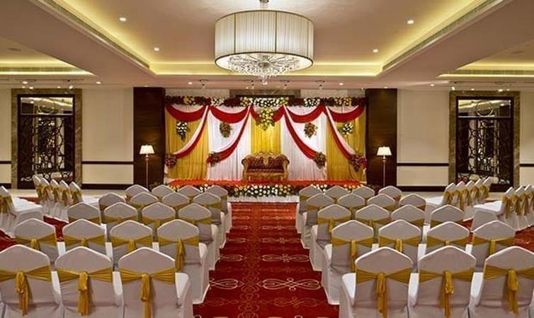 Fortune Park JPS Grand Mavdi Rajkot - Banquet Hall