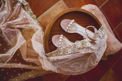 Taseer's blush pink heels and duppatta