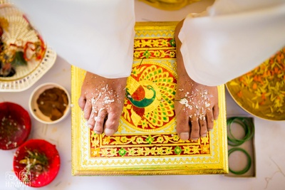 Meenakari painted stand for the Haldi ceremony