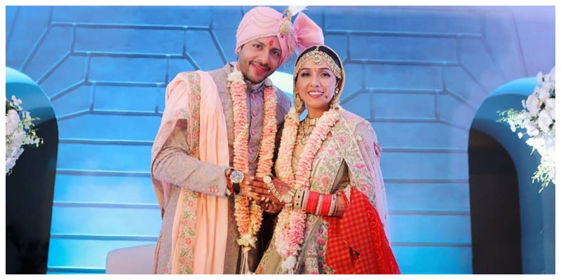 Singer Neeti Mohan and Manikarnika actor Nihaar Pandya's wedding pictures are out and they are beautiful!