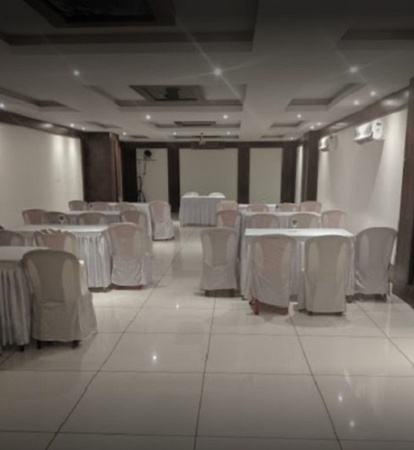 Hotel Tania Sea Rock Devka Beach Road Daman and Diu - Banquet Hall