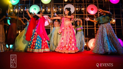 Bride's dance performance during his sangeet function at Planet Hollywood, Goa