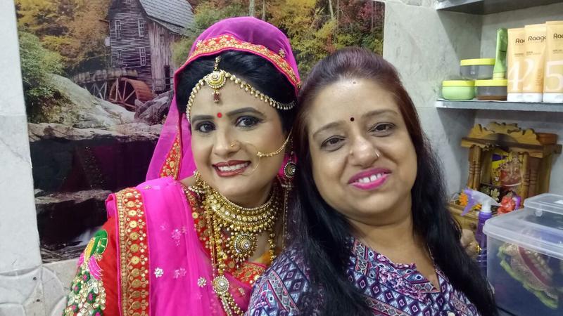 Anant Beauty Parlour   Surat   Makeup Artists