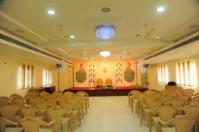 Ramanis Paras Marriage Hall Ram Nagar Coimbatore - Banquet Hall