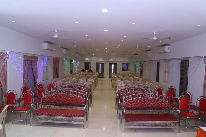 Brahman Sabha Girgaum Mumbai - Banquet Hall