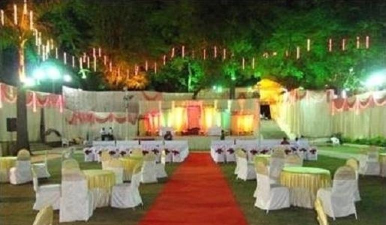 Krishna garden gurgaon delhi wedding lawn weddingz krishna garden stopboris Images