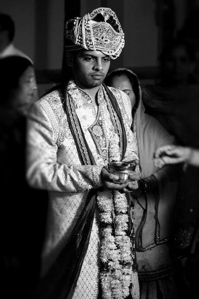 Unique adorned Safa matching the groom's sherwani