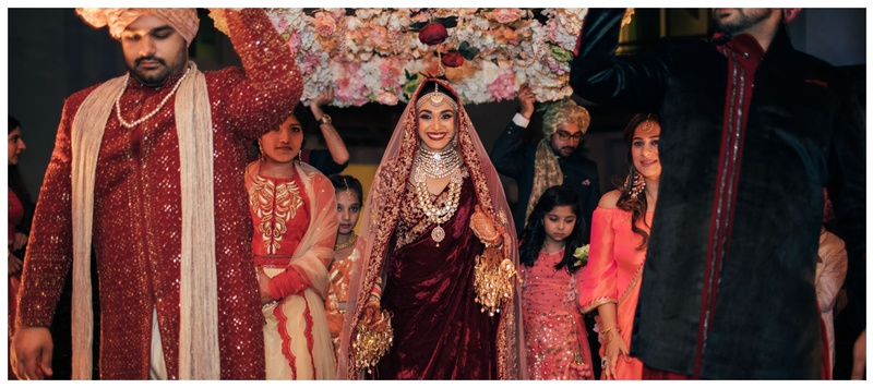 Nakul & Malvika Dubai : This bride wore the most offbeat jewellery for her wedding functions & they're totally droolworthy!