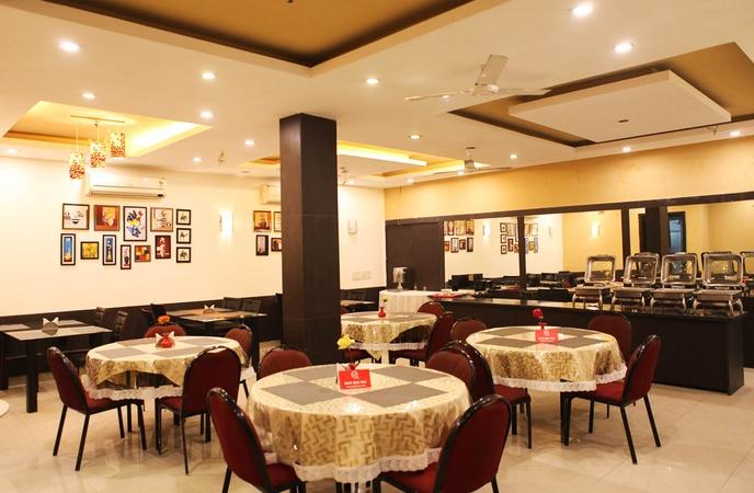 Hotel Golf View Suites Sector 43 Gurugram - Banquet Hall