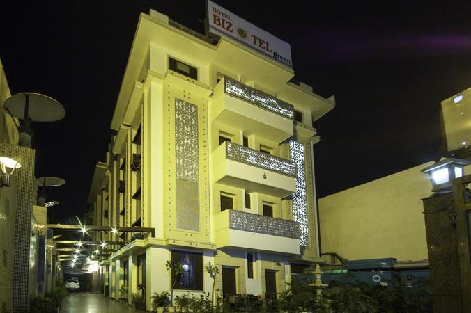 Hotel Bizotel Green Gurgaon Delhi - Banquet Hall