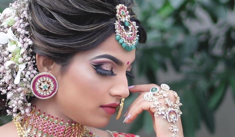 Neelam Mahant Makeup & Hair | Mumbai | Makeup Artists