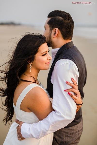 candid couple photography ideas
