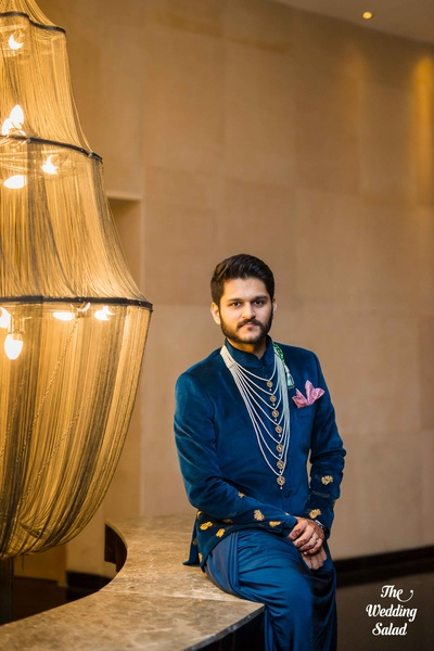 Regally sophisticated Roshan's outfit for the Sangeet function