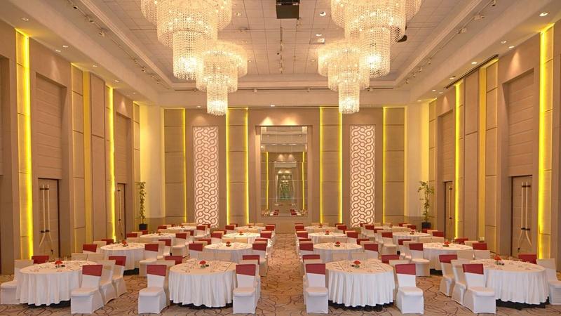 Club Florence, Gurgaon, Delhi