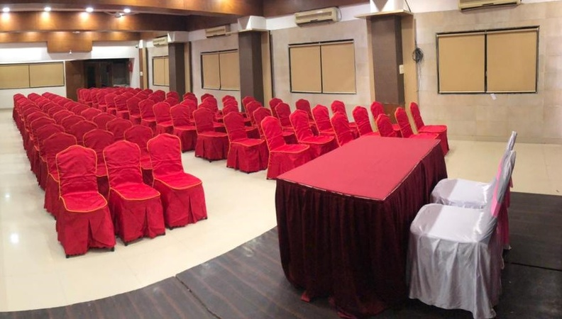 Hotel Bobby's Solitaire International Gangapur Road Nashik - Banquet Hall