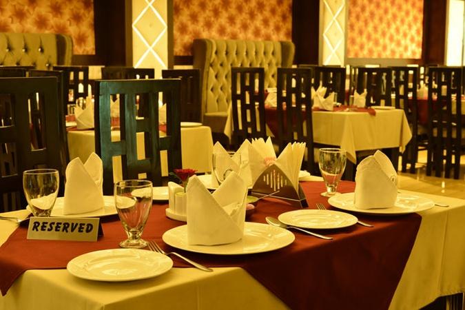 24 Carat Platinum Uttam nagar Delhi - Banquet Hall