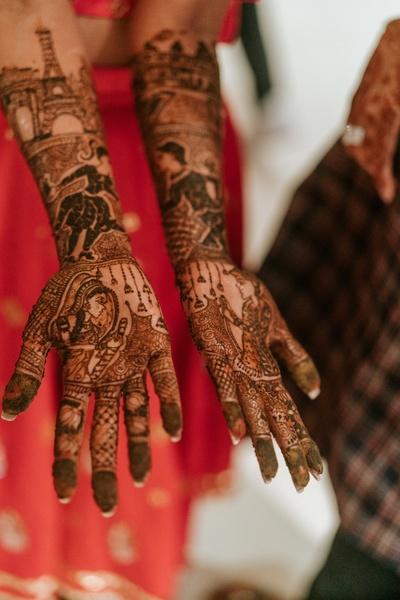 personalised bridal mehendi designs