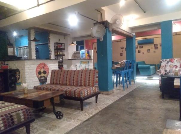 Cafe Godown Aliganj Lucknow - Banquet Hall