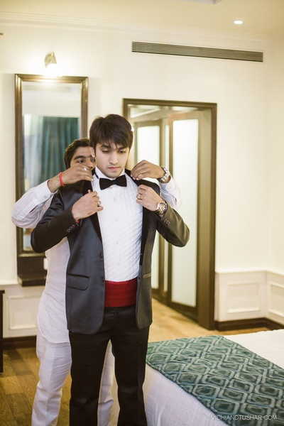 Evening party ideas for the groom outfit.