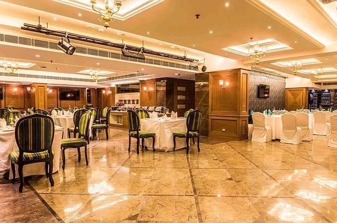Peninsula Redpine Andheri East Mumbai - Banquet Hall