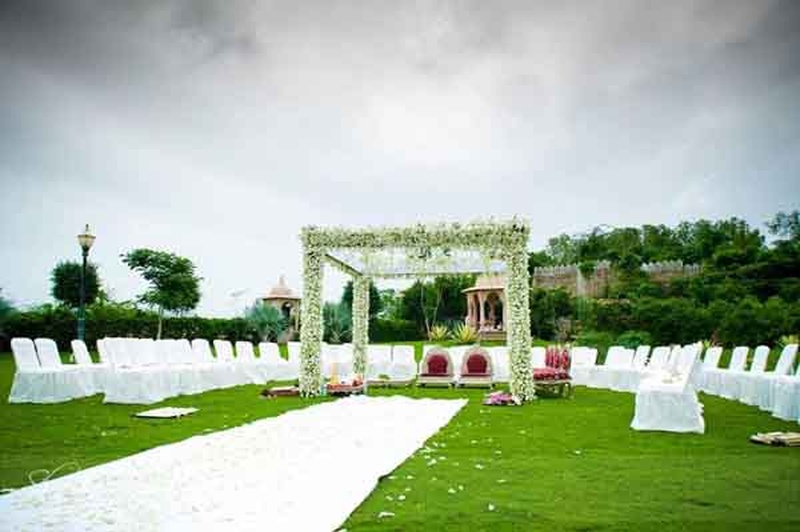 The Best Farmhouses to Get Married in Delhi